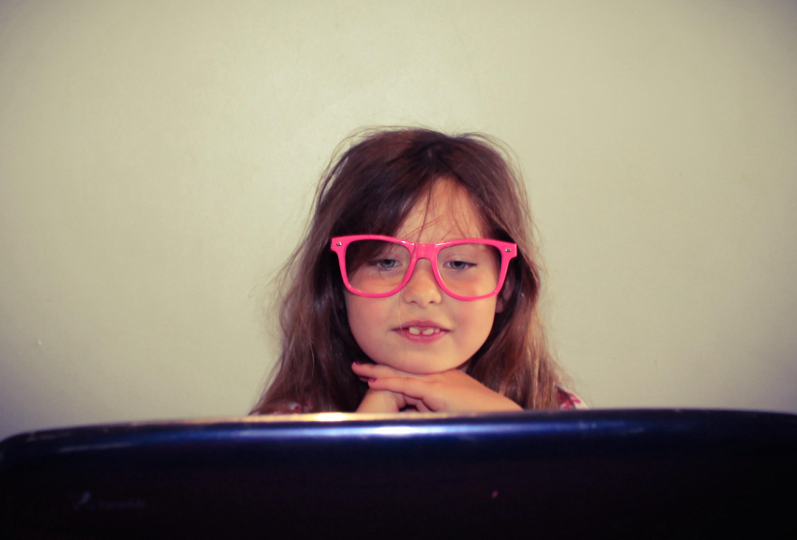 Foap-Child_working_on_a_laptop