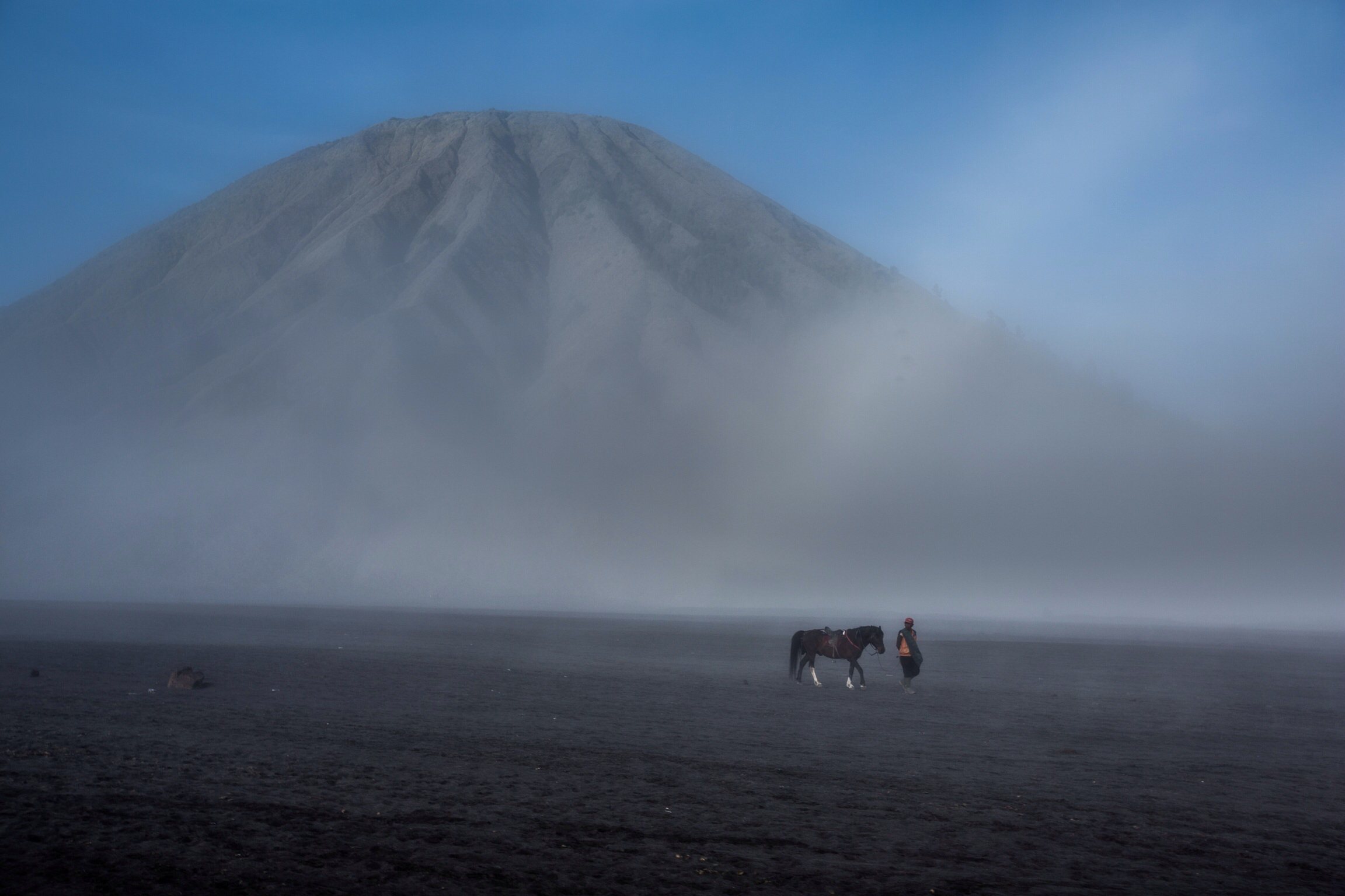 Foap-Horseman_on_bromo_sands