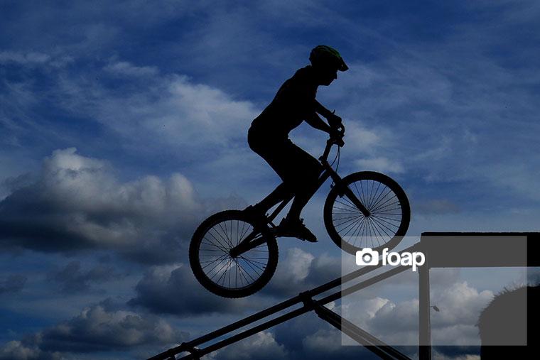 Foap-Silhouette_of_biker
