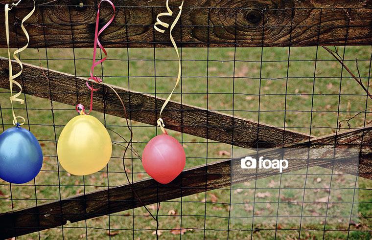 Foap-Balloons_in_the_Rainw