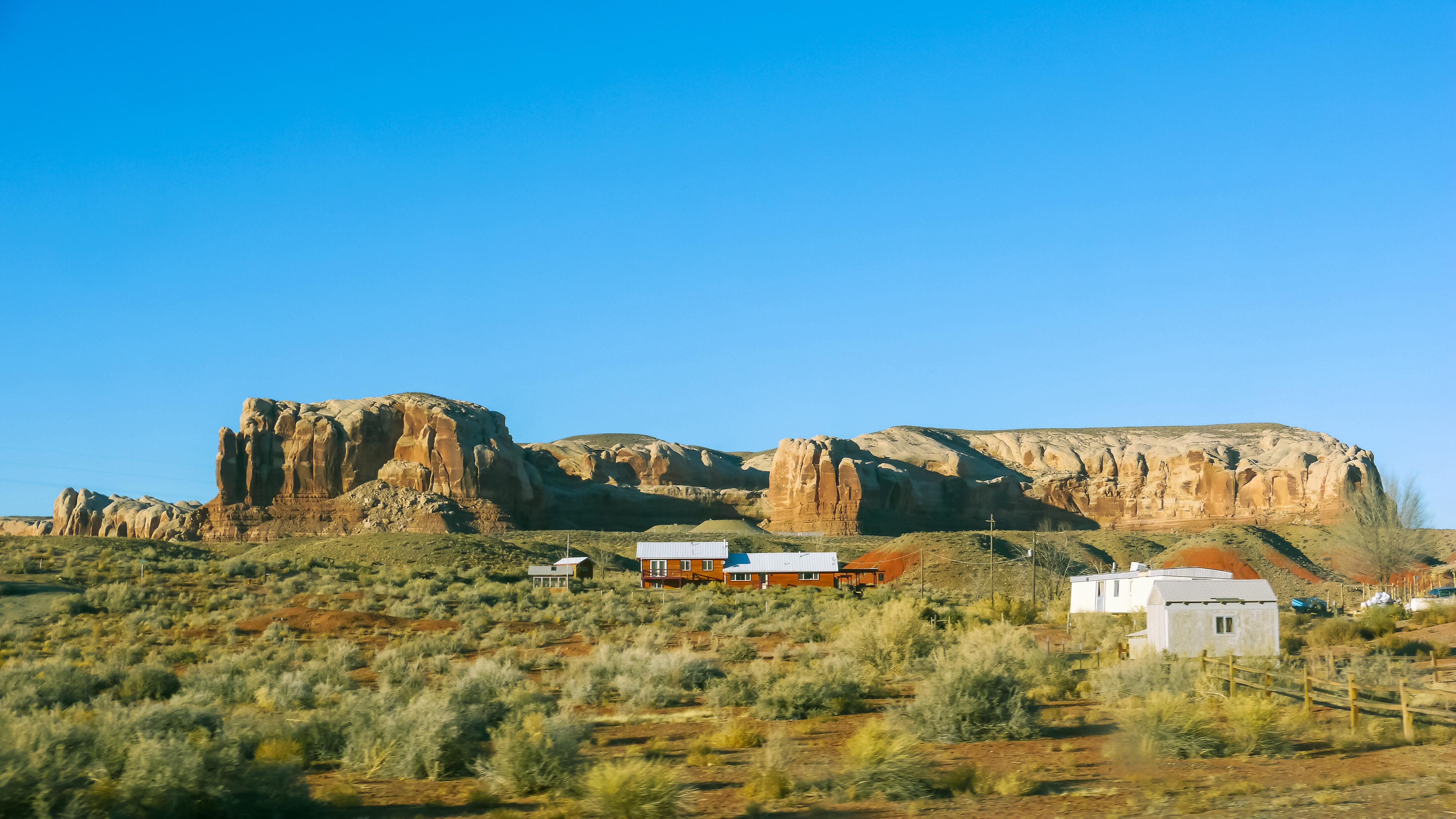 Foap-Desert_farm