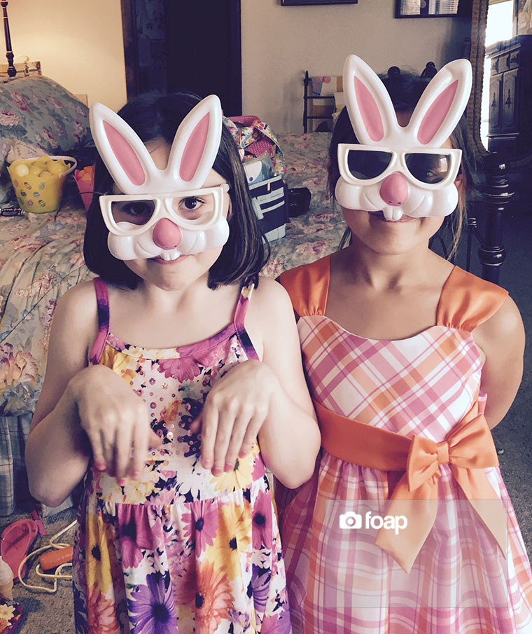 Foap-Easter_girl_bunniesw