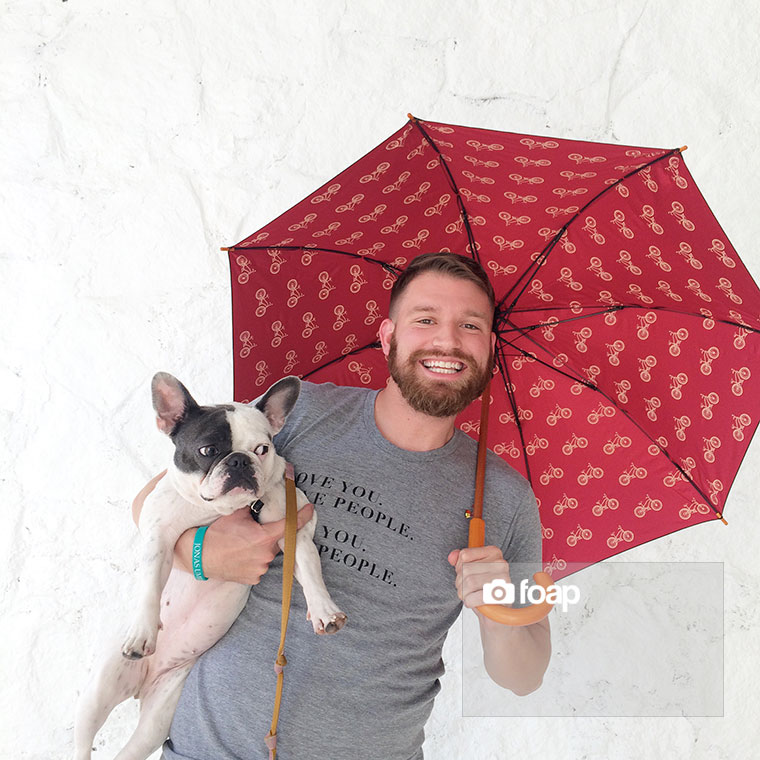 Foap-Love_You_Love_People_Umbrella_Shot