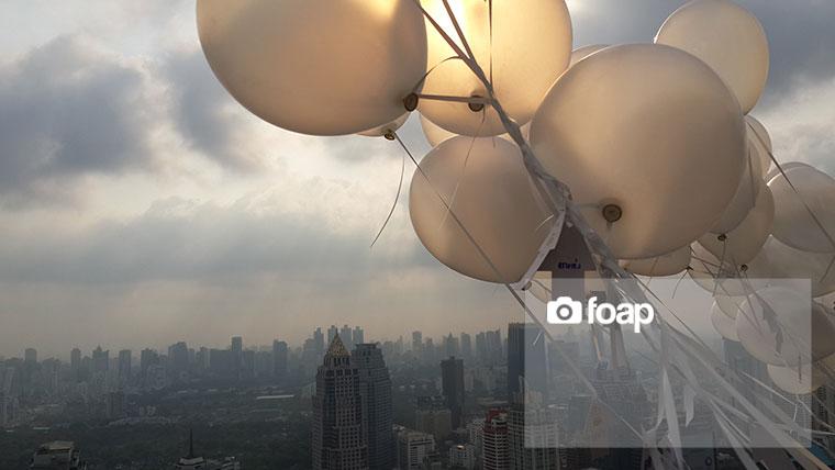 Foap-balloon_in_cityw