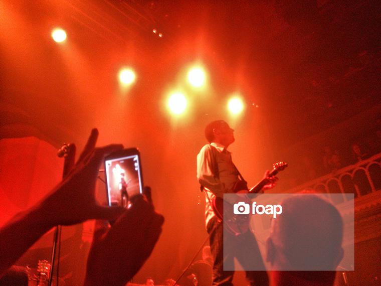 Foap-Guitarist_in_the_picture_