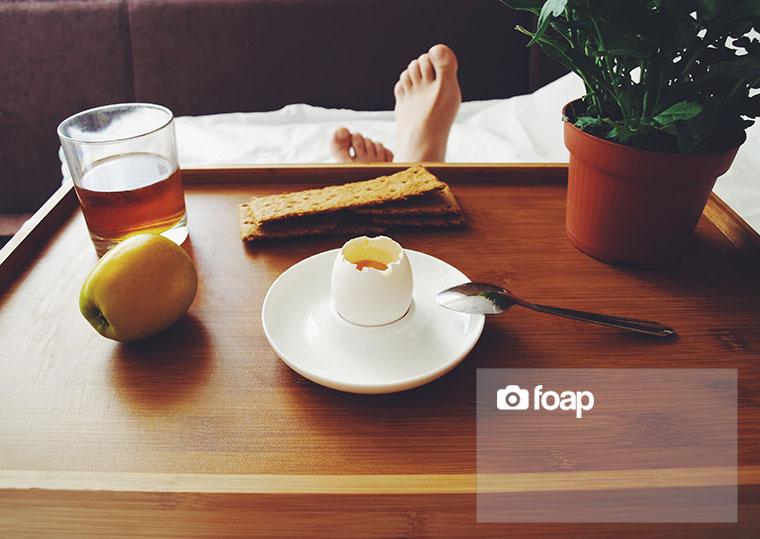 Foap-Brekfast_in_the_bed