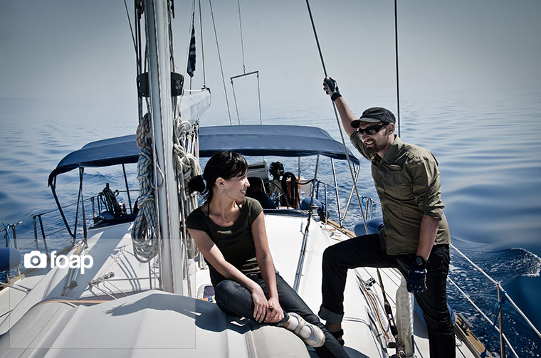 Foap-Couple_sailing_in_the_Mediterranean_Sea