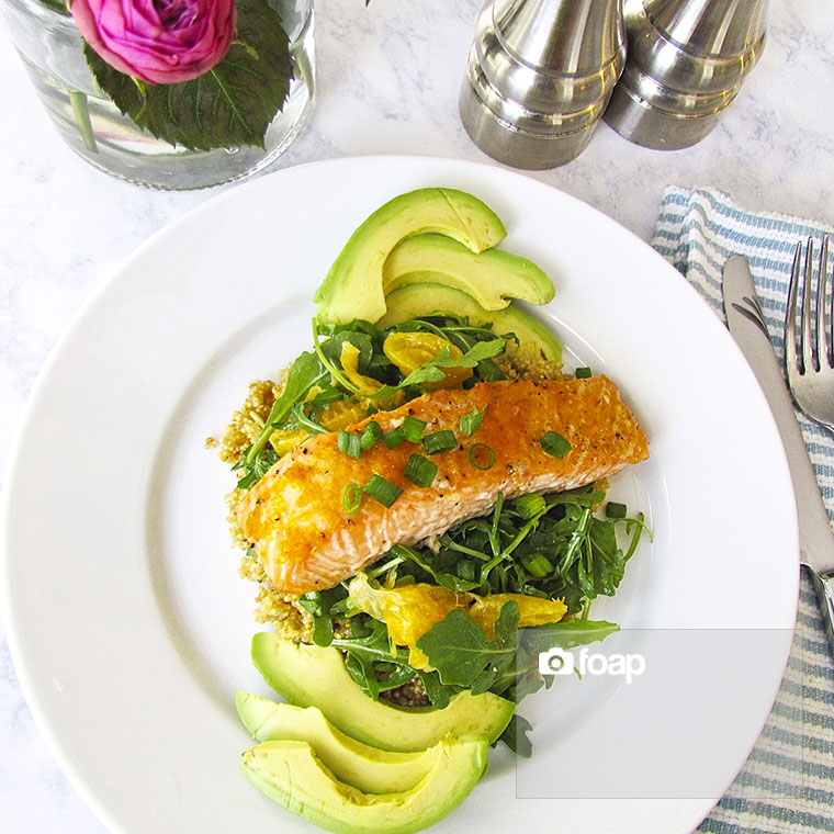 Foap-Roasted_Salmon_with_Tangelo_Quinoa_and_Arugula_Salad