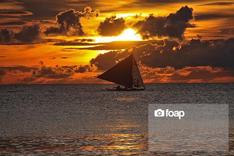 Foap-Sail_by_sunset