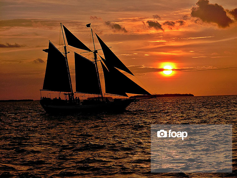 Foap-Sailboat_at_Sunset