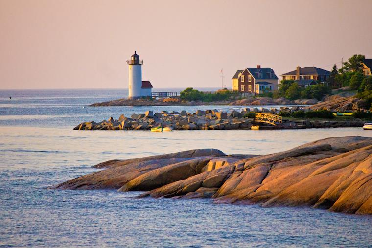 Foap-Annisquam_lighthouse_