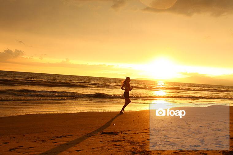 Foap-Sunset_runner