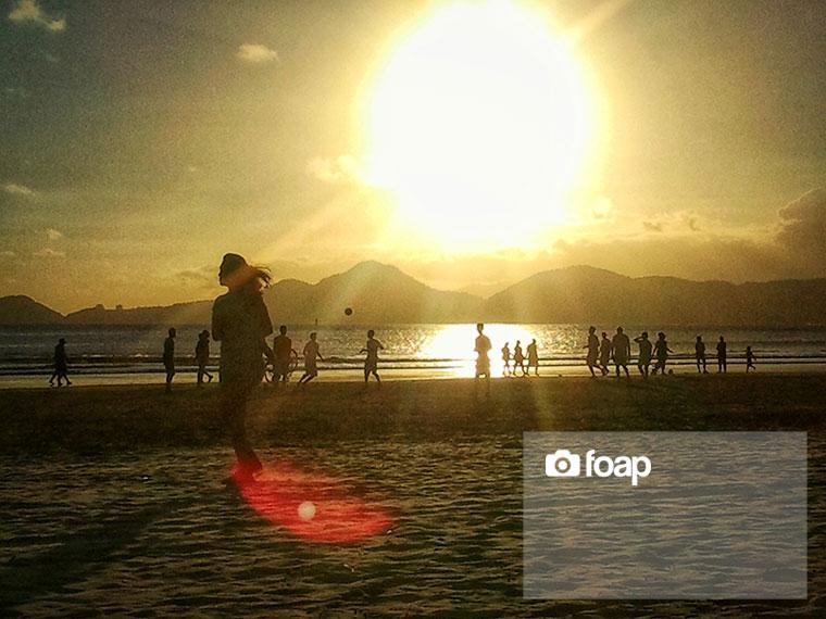 Foap-running_on_the_sunset