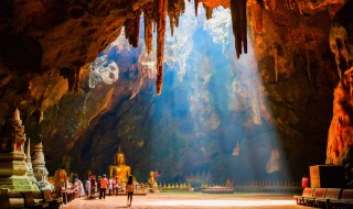 Foap-Amazing_Khao_Luang_Cave