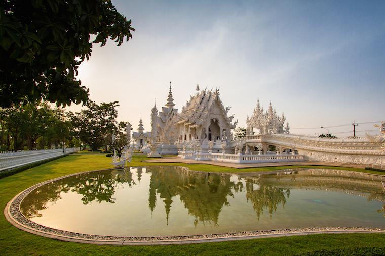 Foap-White_magnificent_temple