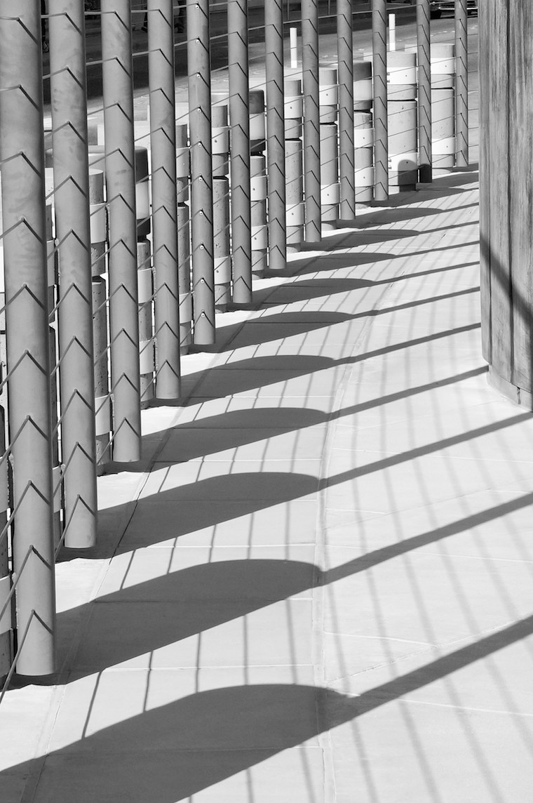 Foap-Fence_casts_shadow_pattern