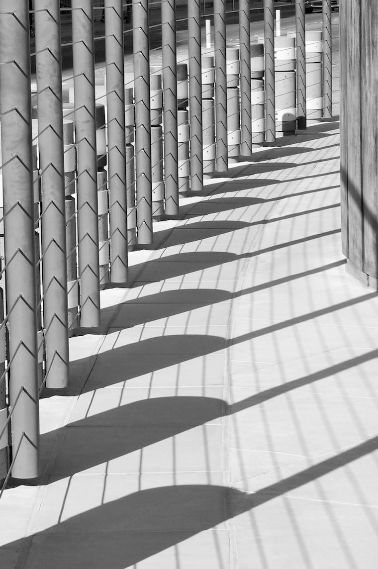 Foap-Fence_casts_shadow_pattern