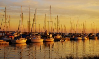 Foap-Boats_at_Sunset